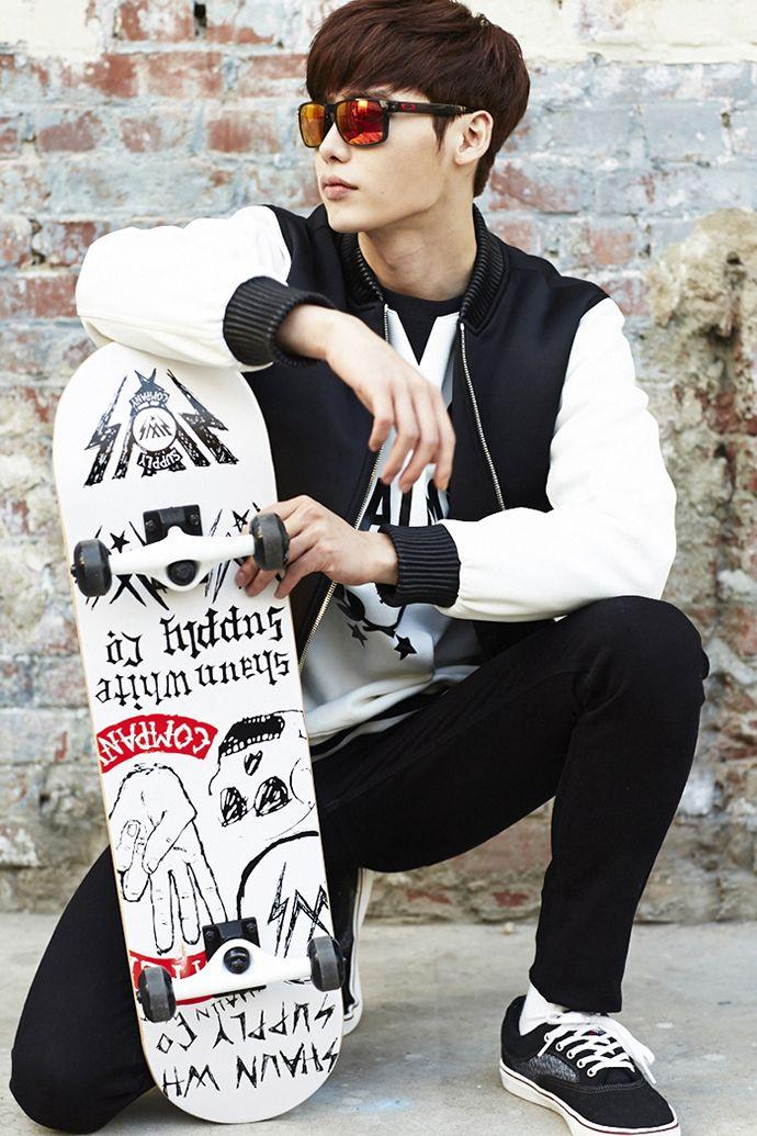 More Of Lee Jong Seok For OAKLEY Eyewear Ads | Couch Kimchi http://www.visiondirect.com.au/designer-sunglasses/Oakley/?utm_source=pinterest&utm_medium=social&utm_campaign=PT post