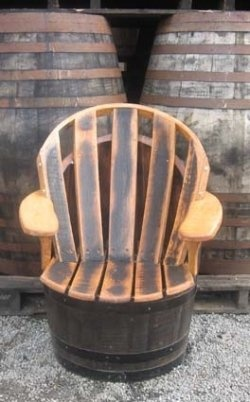 An average oak barrel has an average life expectancy of about 5 to 10 years. After that period of time, the oak wine barrel has little beneficial...