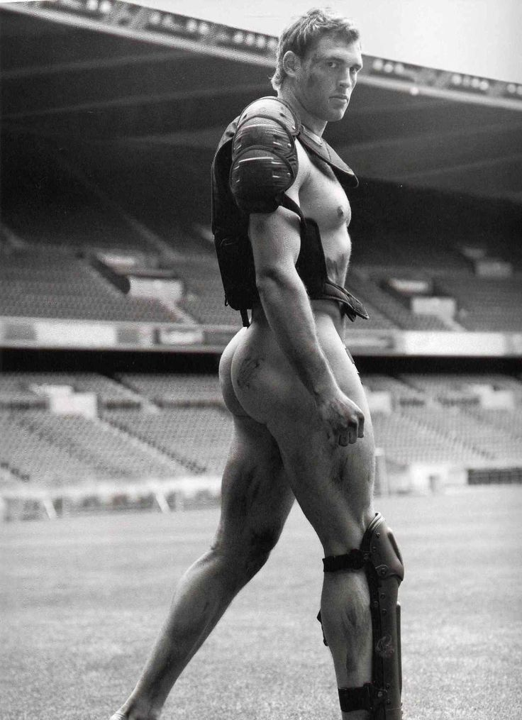 Sean Lamont - Scottish international rugby union player. LOOK AT HIS ARSE!!! LOOK AT IT! I think I need to start watching Rugby