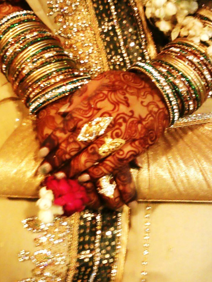 WOW!!! my engagement mehndi looks awesome with all the glam