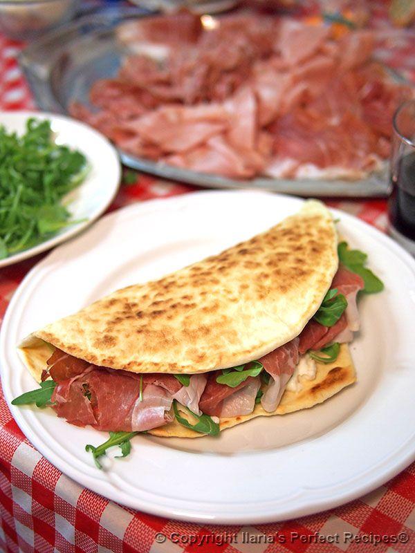 Piadina romagnola authentic italian recipe and history for Authentic italian cuisine