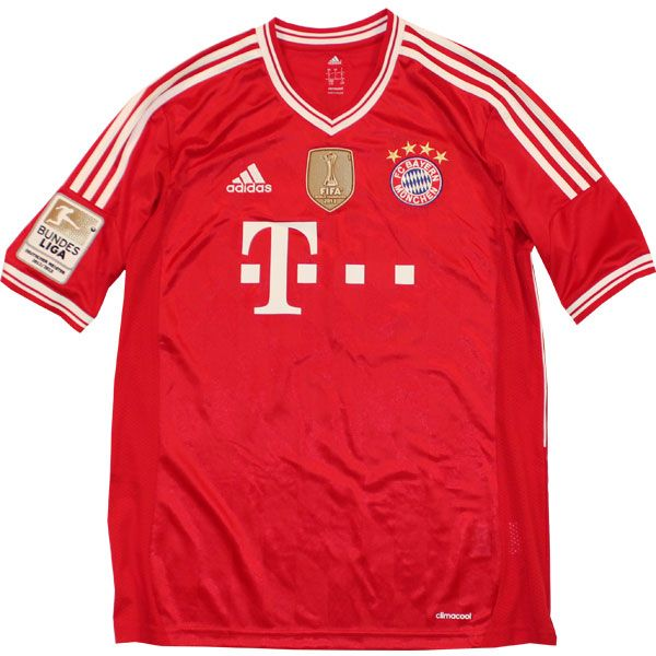 FC Bayern home jersey + world club champions badge.