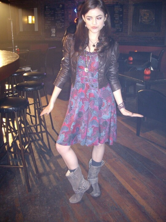 Pretty Little Liars behind the scenes Lucy Hale first episode!!! PLL!!