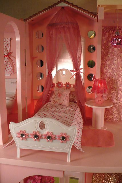 Barbie Bedroom In A Box: 21 Best Images About Barbie Bedroom On Pinterest