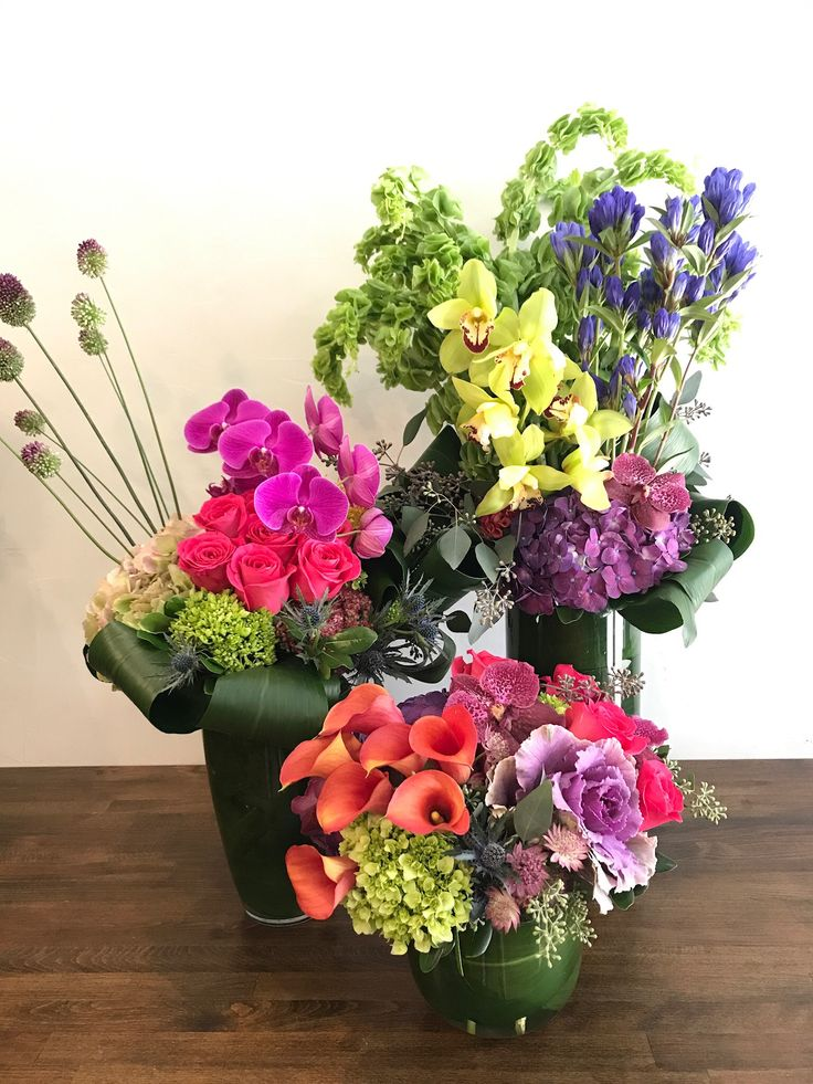 Stunning Grouping Of Arrangements To Go To A Lucky Customer With Phalaenopsis Orchids Calla Lilies K Flower Delivery Flower Subscription Phalaenopsis Orchid