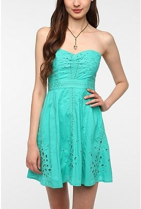 Pins and Needles Cotton Eyelet Strapless Dress warm-weather-wear: Urban Outfitters, Style, Color, Strapless Dress, Dresses, Eyelet Strapless, Dress Urbanoutfitters, Cotton Eyelet