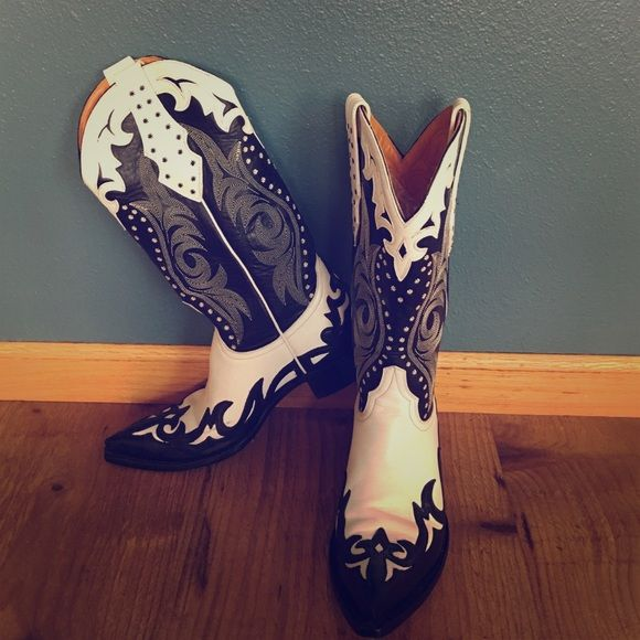 Old Gringo Cowgirl Boots Like new Old Gringo black and white patterned cowgirl boots. Old Gringo Shoes