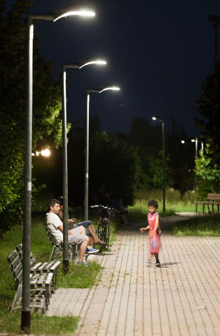 78 best images about illuminazione led per esterni on pinterest endless pools landscape - Lampioni da esterno moderni ...
