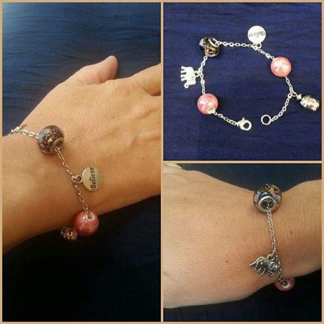 "Nos clientes ont du talent! #Bracelet #inspiration ""Pandora"" créé par Céline, venez imaginer le vôtre!  #lecomptoiraperles #bijoux #création #creation #faitmain #handmade #handmadejewelry #jewelry #DIY #perles #perlesaddict #beads #beadsaddict #jenfiledesperlesetjassume #rose #breloque #charm #éléphant #elephant #believe #Paris"