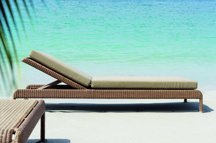 la chaise longue shanghai par tectona en fibre ronde doit son allure pur e et contemporaine. Black Bedroom Furniture Sets. Home Design Ideas