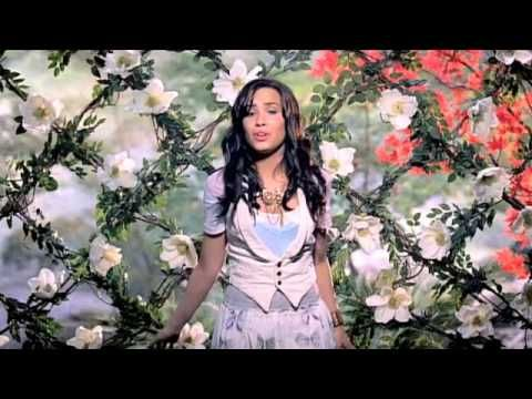 Music video by Demi Lovato performing Gift of a Friend from the Disney Movie 'Tinker Bell and the Lost Treasure'. (C) 2009 The copyright in this audiovisual recording is owned by Walt Disney Records under exclusive licence to EMI Records Ltd.
