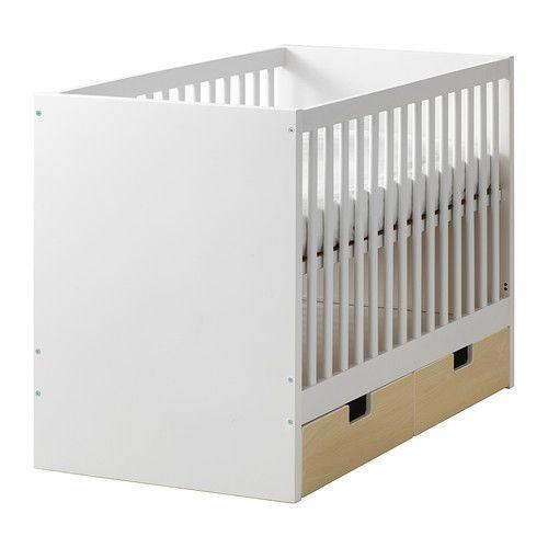 IKEA - STUVA, Rácsos ágy fiókokkal, A rácsos ágy alapja két különböző magasságba állítható.A rácsos ágy egyik oldala levehető, ha a gyermek már képes egyedül ki/bemászni az ágyba.A gyerekágy STUVA fiókkal kiegészíthető. A fiók külön, többféle színben kapható, így biztosan megtalálod a szoba stílusának megfelelőt.