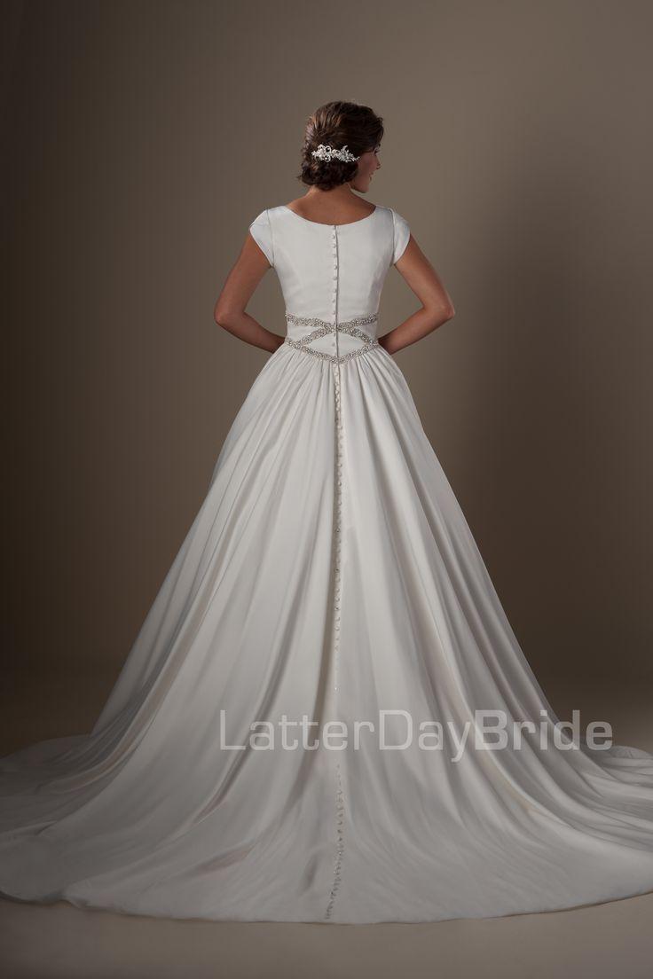 Best 25 gorgeous wedding dress ideas on pinterest for Latter day bride wedding dresses