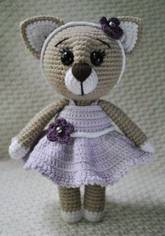 Lady Cat Amigurumi - Free English Pattern