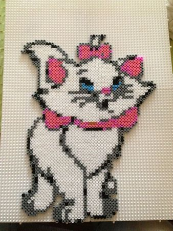 Marie Disney Aristocats hama beads - Marine Pixel Art Créations
