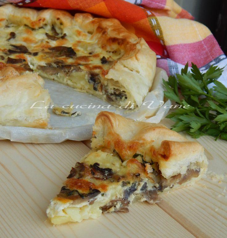 torta salata patate funghi e mozzarella ricetta per una torta appetitosa facile da fare ottima da portare a tavola sempre.Da servire come antipasto contorno