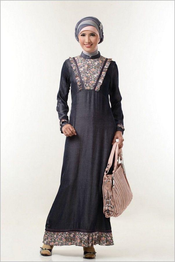 9 Model Baju Batik Gamis Kombinasi Terbaru -