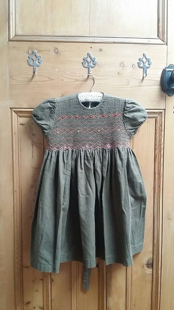 Baby girl dress age 3 years toddler dresses chocolate brown smocking smocked clothes retro girls clothing vintage clothes Dolly Topsy Etsy