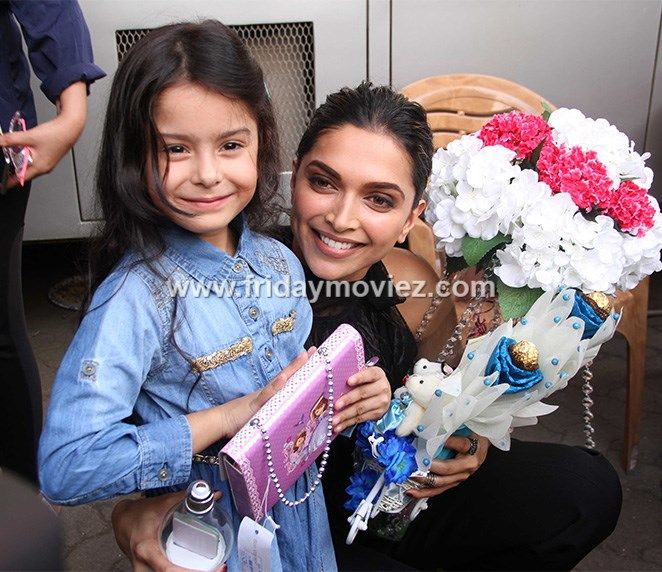 Deepika Padukone spotted at Mehboob with little co-star from Vistara ad commercial, Dhyana Madan.  #deepikapadukone #mehboobstudio #vistara #dhyanamadan