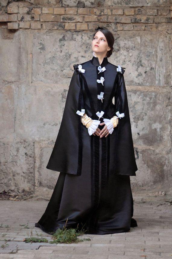 Renaissance Black Dress, 16th Century Spanish Fashion, Renaissance Court Costume