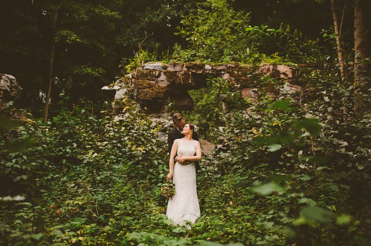 Wedding portrait in the middle of nature. http://johannahietanen.com