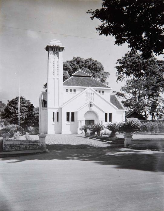 once again the Bethel Church, used to be Protestantsche Kerk (Pieterskerk), Bethelkerk, de Nieuwe Kerk built around 1924 - 1925 by CPW Schoemaker
