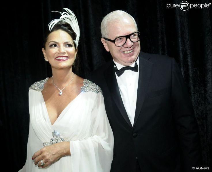 """Luiza Brunet """"levou muita porrada"""" em Nova Iorque do namorado """"milionário"""" Lirio Parisotto"""