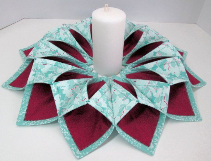 Canyon Fold N Stitch Wreath Kit