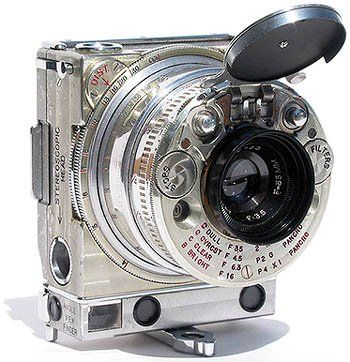 This compact 35mm camera was one of the most technically advanced gadgets of 1930s. It was produced by Swiss watch and clock manufacturer, also famous for its long-time partnership with luxury car makers. Jaeger LeCoultre sign can be found on the instrument panels of Bentley, Aston Martin, Lancia Astura, Delahaye, etc.
