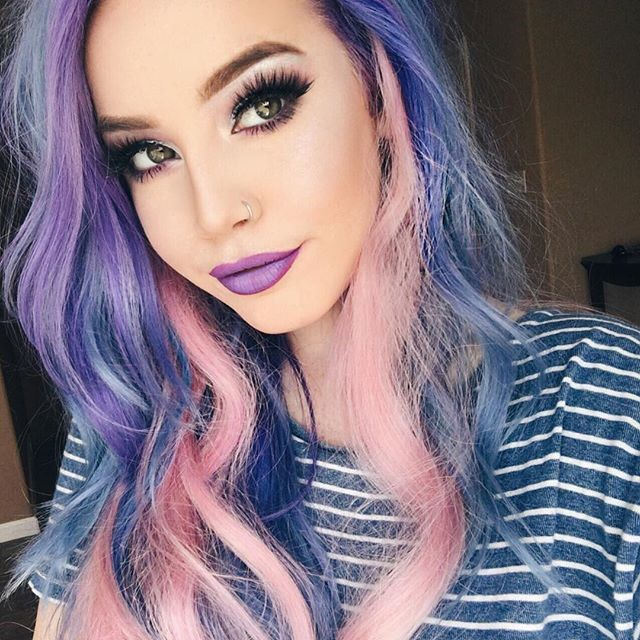 "WEBSTA @ hailiebarber - Hiiiiiii color I never dyed my pink extensions so I thought it would be a fun addition to today's look These are the @foxylocks Superior Seamless 22"" in platinum, custom dyed✨BROWS@benefitcosmetics KaBrow"