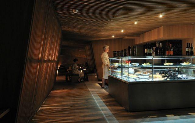 Thermalbad Zürich-Umwandlung einer Brauerei in ein Spa-Restaurant