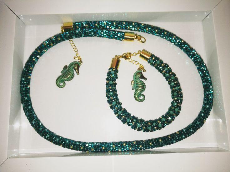 Necklace and bracelet hand made by Manufaktura Leo