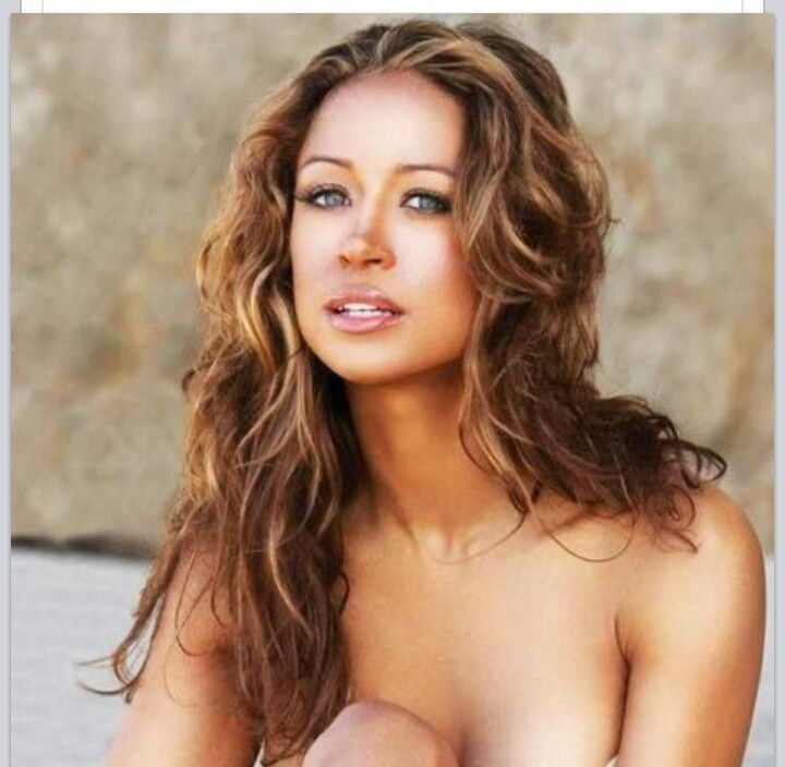 47 y.o. Stacey Dash...Epitome of FAB over 40!! (Plus that hair color is LIFE!!!)