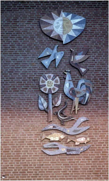 Mozaiek in kleur' door Lou Manche, St. Koenraadschool, Zevenaarlaan 13 RHCe : Hagens, G.L. - 1964