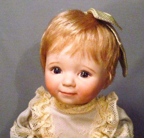 Dianna-Effner-1-of-L-E-4-Pinky-039-n-Me-11-034-Angel-Eyes-All-Bisque-Doll-Rare