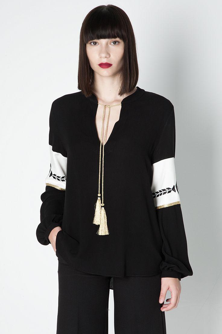 ATHENA blouse