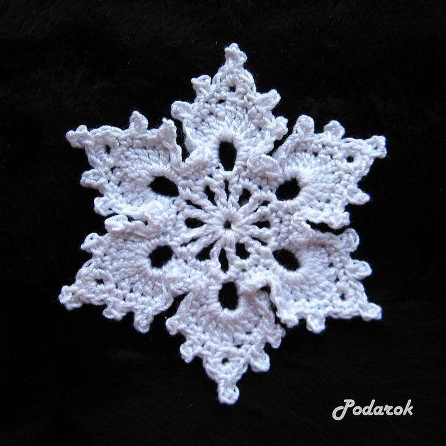 snowflake. pattern: http://www.patonsyarns.com/pattern.php?PID=4391