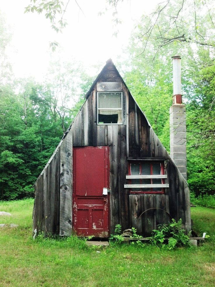 109 best images about a frame houses on pinterest for Tiny hunting cabin