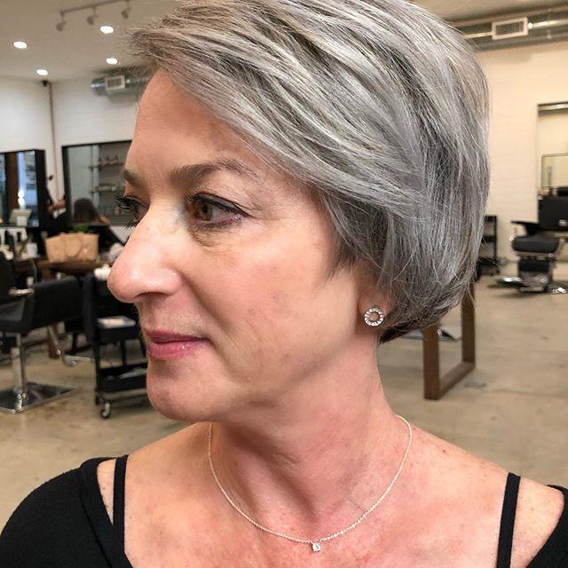 22 Junger Machende Frisuren Fur Dunnes Haar Ab 50 In 2020
