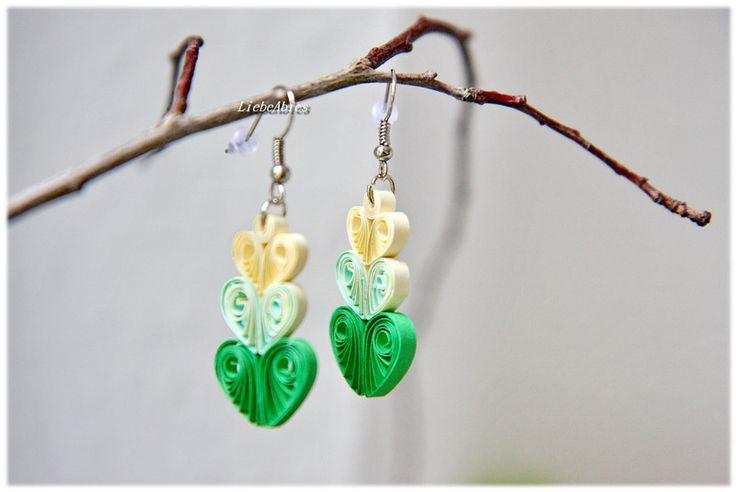 Quilling Ohrhänger Ohrringe Papier Grüne Herzen  von Liebeabies auf DaWanda.com