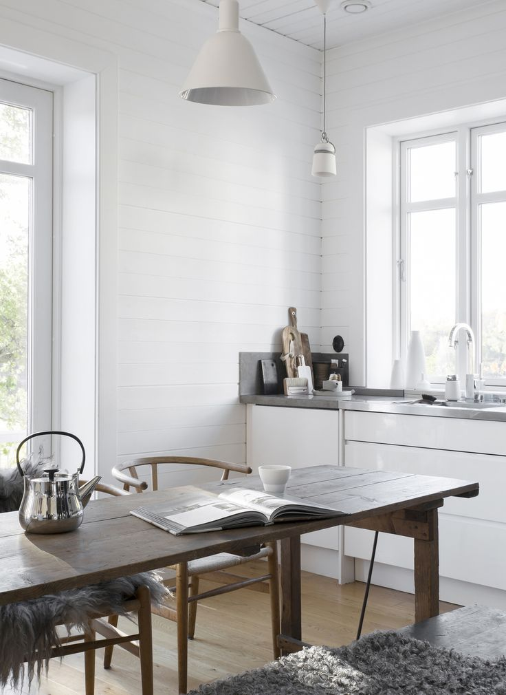 The Cosy Home Of A Swedish Stylist Bright And Airy Kitchen