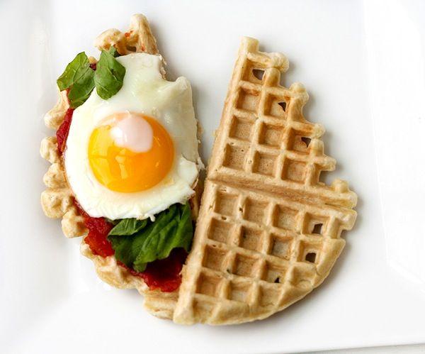 Sage waffle sandwich//www.savvyeats.com