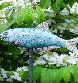 Handget pferte keramik forelle keramik garten rund ums for Garten fische