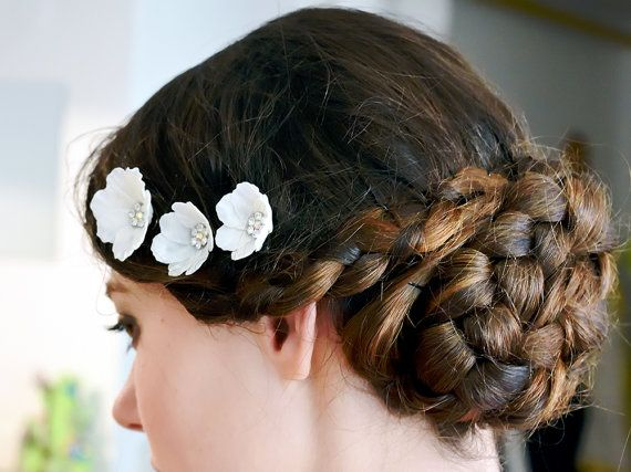 White bridal flower pins, bridal hair accessories, wedding headpiece, wedding hair accessories, floral hair accessories  Flowers are made entirely by hands from thin silk.  Price for one piece.   You can ask me any questions and I will certainly answer you. Each piece is unique and slightly different to one another. I love custom order and love to hear from you. Other colors are available. Custom orders are welcomed. When the order is ready I will send a picture to you for your approval.