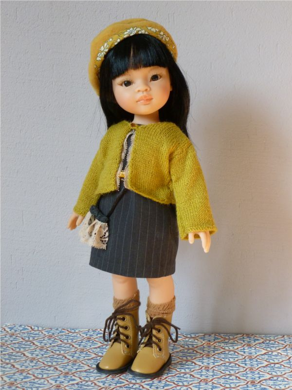 Patron de couture et tricot pour poupée, robe, pull et beret http://www.ilys.fr/ensemble-pour-poupee/