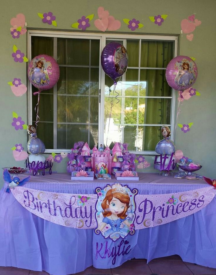 Birthday Cake Table Decoration At Home : My daughter s 4th Birthday at home. Sofia the First party ...