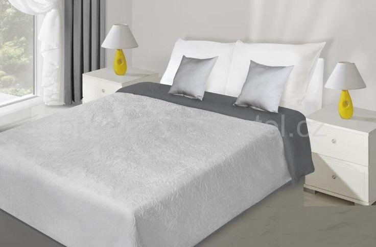 Oboustranný přehoz na postel stříbrno šedý