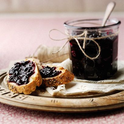 Apple and blackcurrant jam | Easy jam recipes | Red Online