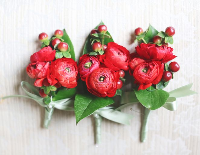 """Top 11 Wedding Flower Tips ...And Color """"Flower colors are never exact. Rely on your florist to help you understand the undertones of different varieties; for example, red ranunculus have orange undertones that stand out when paired with cool colors. Also remember that many of the photographs you see online or in magazines can be misleading; when the photographer is color-correcting for skin tone and lighting, it may adjust flower colors beyond what is realistic."""""""