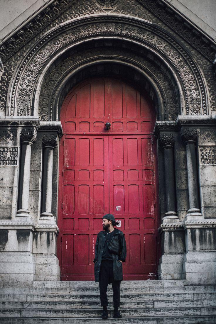 Locked out? Make sure you've got a spare set of keys in your Isarau messenger bag from côte&ciel. Image courtesy of @jonarseneau via Instagram